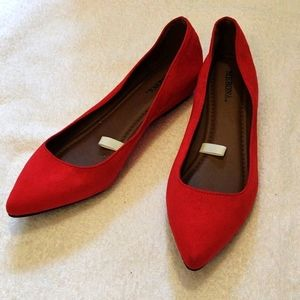 Red pointed toe flats 7.5